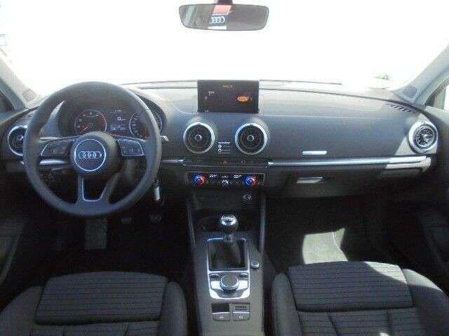 Audi A3 sport 1.0 TFSI / MMI-Radio, Xenon