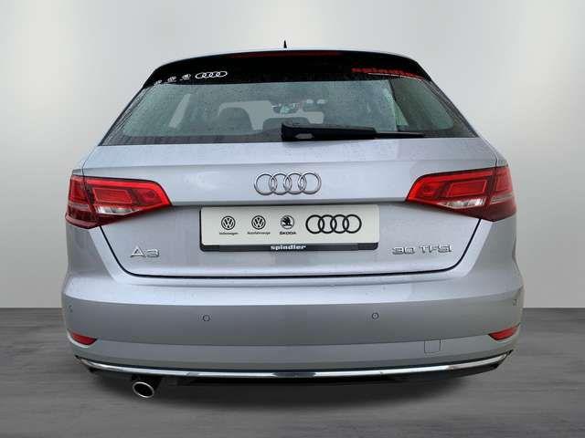 Audi A3 design 30 TFSI / MMI-Radio, Xenon