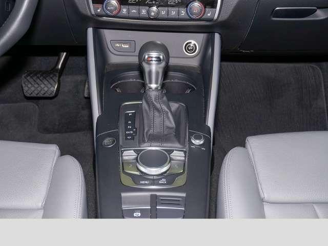 Audi A3 Sportback sport 2.0 TFSI quattro S tronic Matrix