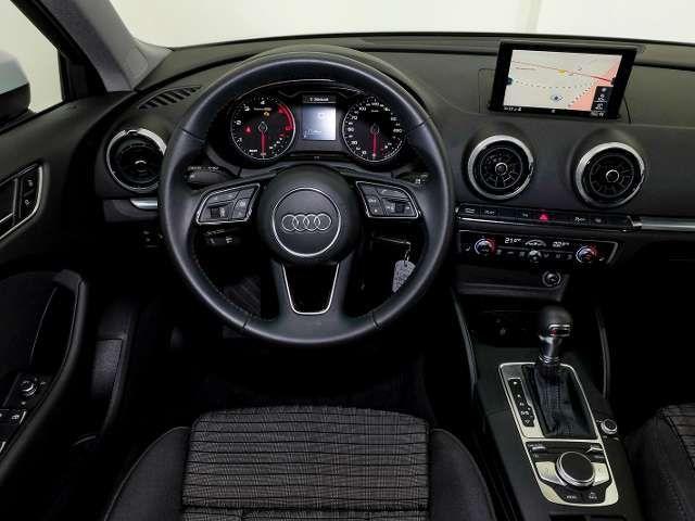 Audi A3 Sportback sport 30 TDI S tronic LED, Navi, connec
