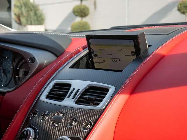 Aston Martin Vanquish S UPE: 303.076,-