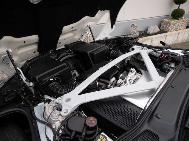 Aston Martin DB11 Coupe V8 UPE: 250.816,- Full Carbon, B&o