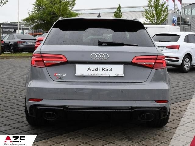 Audi RS 3 Sportback B+O, DAB, Panoramadach, Matrix LED,