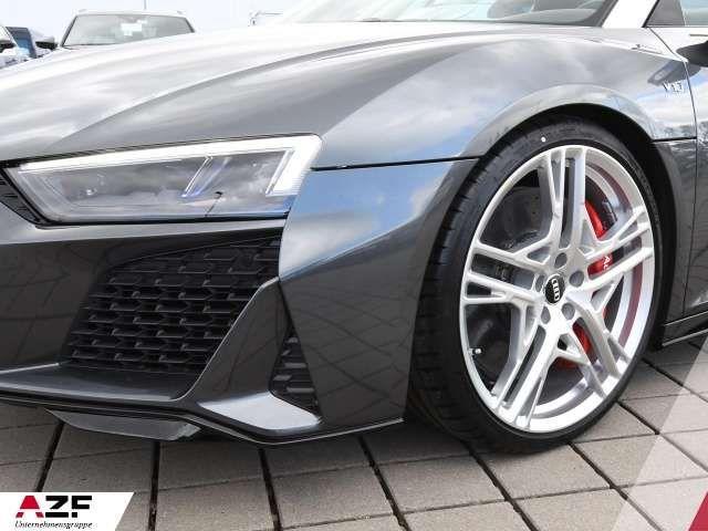 Audi R8 Spyder Dynamik-Lenkung, magnetic ride,