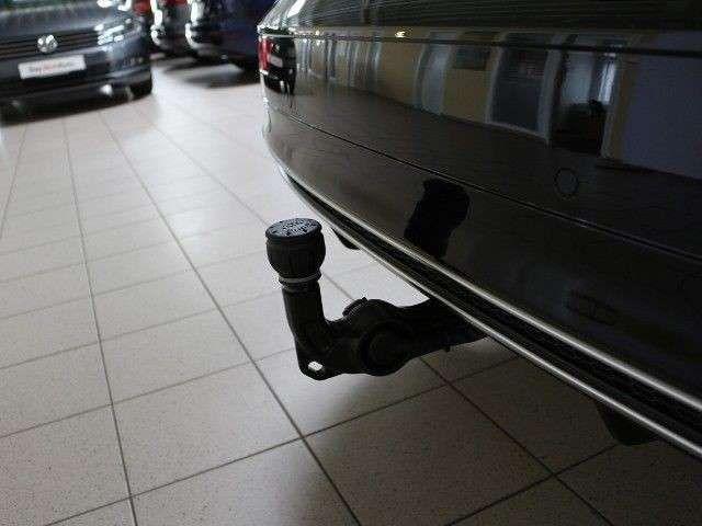 Audi Q5 2.0 TDI S line quattro Navi+Rückfahrkamera