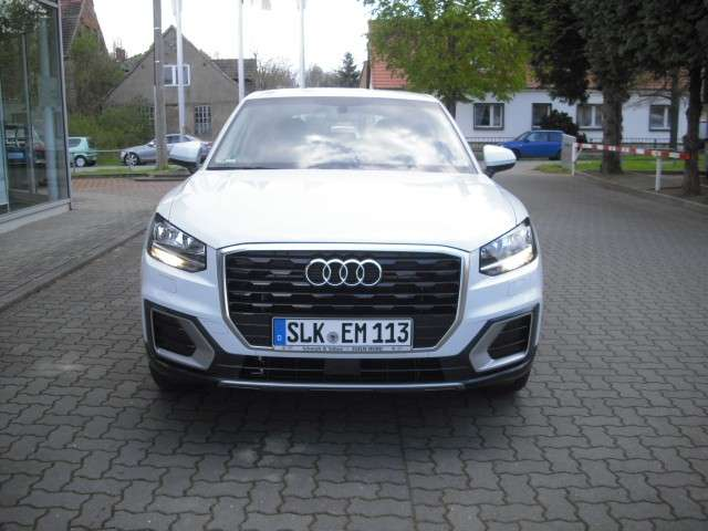 Audi Q2 1.4 TFSI design Sport-Utility-Vehicle/ Navi