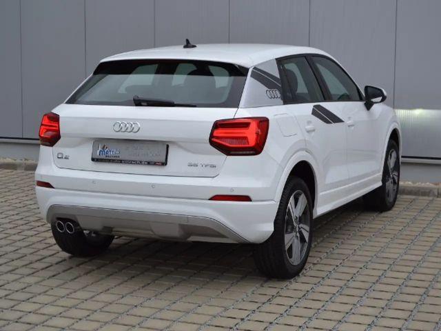 Audi Q2 35 1.5 TFSI SPORT/LED/APS-PLUS/VORB.-AHK+NAVI/18-