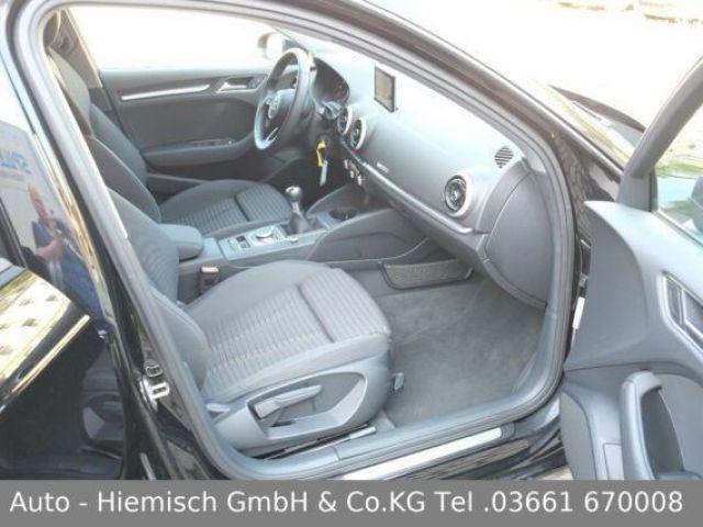 Audi A3 Sportback Sport Navi Xenon Standheizung PDC