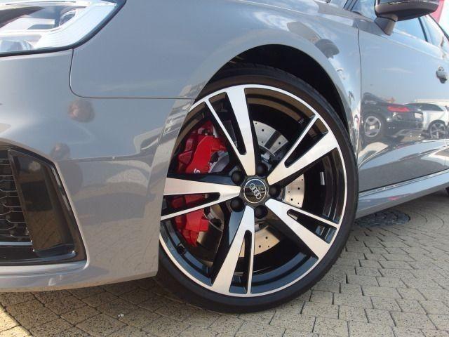 Audi RS 3 Sportback MagneticRide Matrix LED Pano