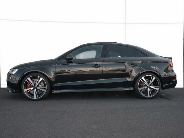 Audi RS 3 Limousine S tronic PANO/CARBON/KOMFORTPAKET/SPOR