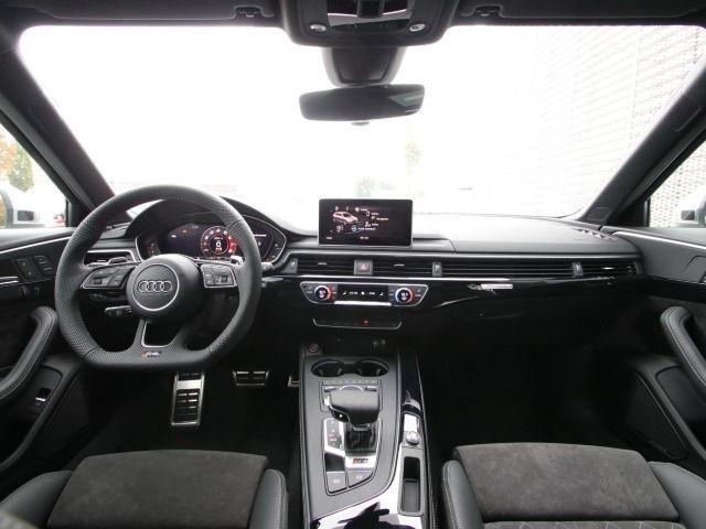 Audi RS 4 Avant B&O/DYNAMIKPAKET/HEAD UP/SPORTABGAS/PANO