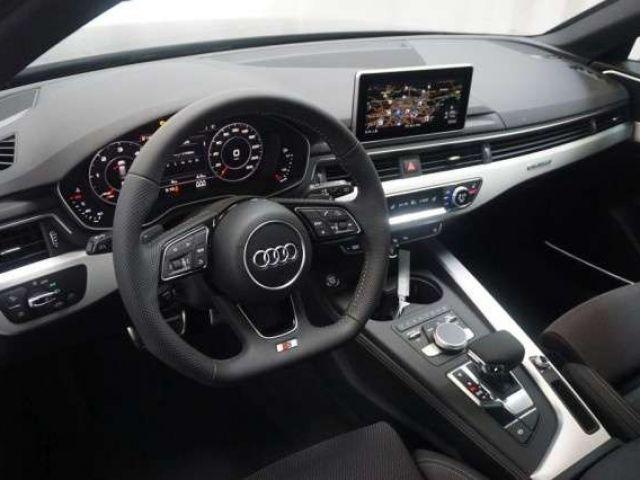 Audi A4 Avant S line 2.0TDI qu.S-tronic TOUR Matrix Pan