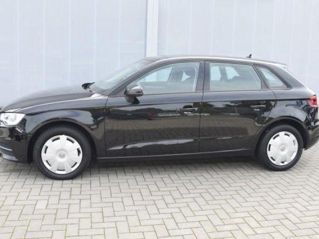 Audi A3 Sportback Attraction 1,6 TDI Navi, Xenon, Sitzhzg