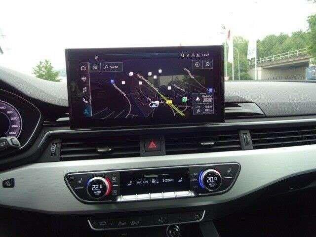 Audi A4 Avant 40 TFSI S-LINE*Alcantara*ACC*PANO*DAB