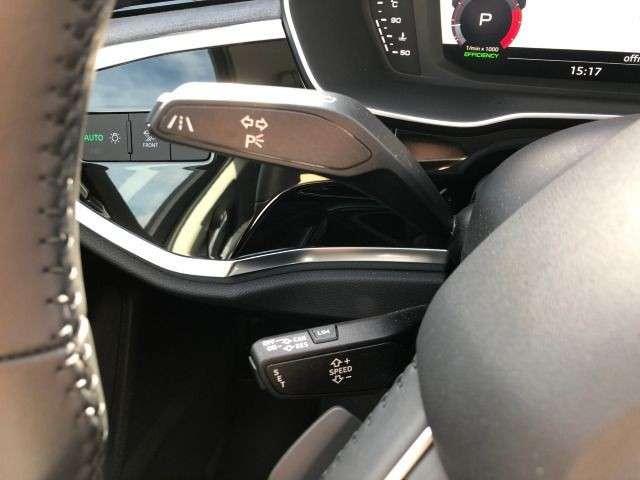 Audi Q3 35 TFSI advanced Navi GRA PDC Drive Select SHZ