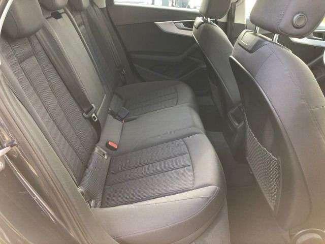 Audi A4 Avant 1.4 TFSI design Pano SHZ PDC Navi