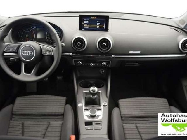 Audi A3 Sportback 35 TFSI Sport Bi-Xenon/Temp/PDC/Sit