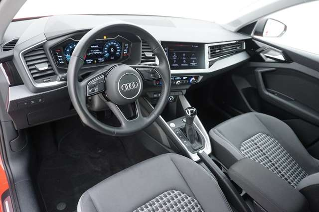 Audi A1 Sportback 40 TFSI S line S tro. 147kW*LED*Inter