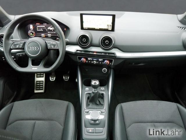 Audi Q2 sport TFSI COD S line Navi LED Bang + Olufsen