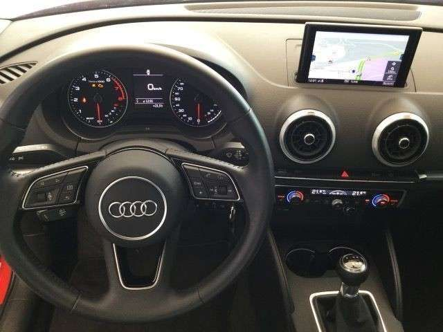 Audi A3 Limousine 35TFSI S-Line LED Navi FSE GRA