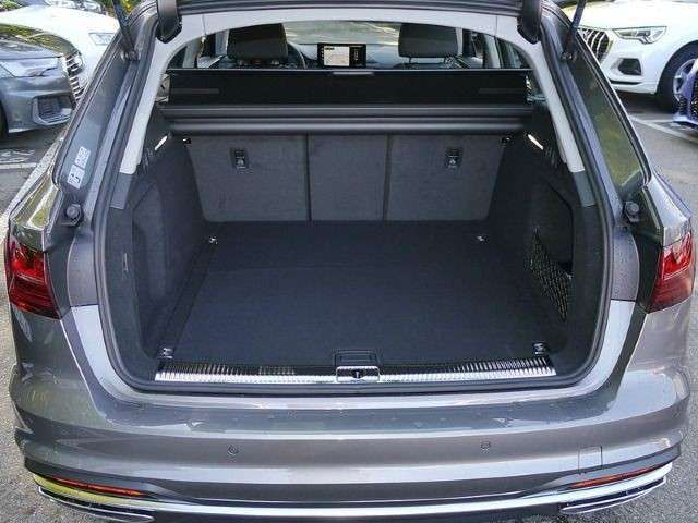 Audi A4 Avant advanced 35 TFSI S tronic MATRIX AHK