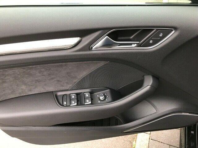 Audi RS 3 Limousine 2,5 TFSI QUATTRO+ACC+PANO+MATRIX+