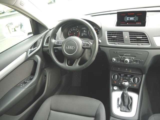 Audi Q3 1.4TFSI S-line LED 18''Alu PDCv+h Keyless SHZ El.H