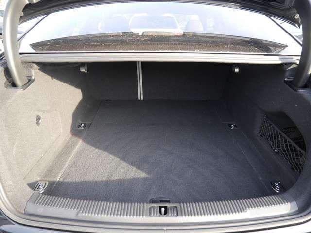 Audi A6 3.0 TDI Qu. 2xS-Line NAVI+MATRIX+STHZ+16%M