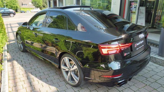 Audi RS 3 Limousine 2.5 TFSI Quattro Matrix/Pano/SportAGA/