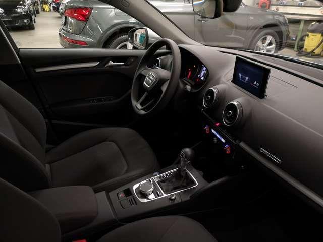 Audi A3 Sportback 30 TDI S tronic MMIPlus Navi Automati