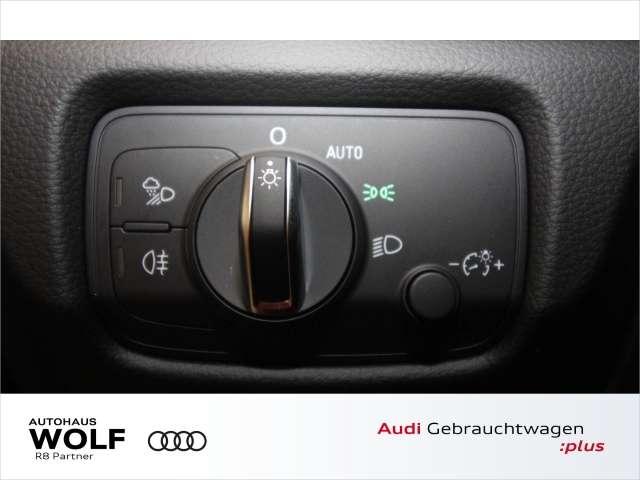 Audi A3 Sportback 40 TFSI quattro Sport S-line Navi