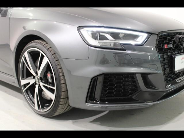 Audi RS 3 Sportback 294(400) kW(PS)* 280 km/h*Pano*