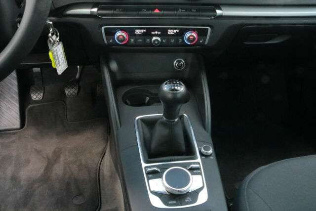 Audi A3 Sportback 30TDI DAB NAVI+ SITZHZG ALU