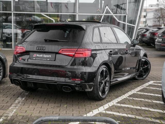 Audi RS 3 Sportback *PANO*SportAbgas*Vmax280*B&O*ACC*