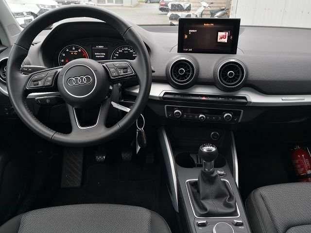 "Audi Q2 30 TFSI sport LED Navi ALU 17"" PDC GRA"