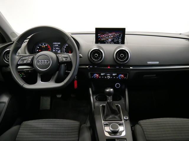 Audi A3 Limousine 1.5 TFSI sport/XENON+/NAVI/PDC/GRA/SHZ