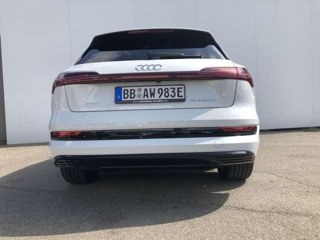 Audi e-tron 55 Quattro advanced HeadUp Panodach AHK