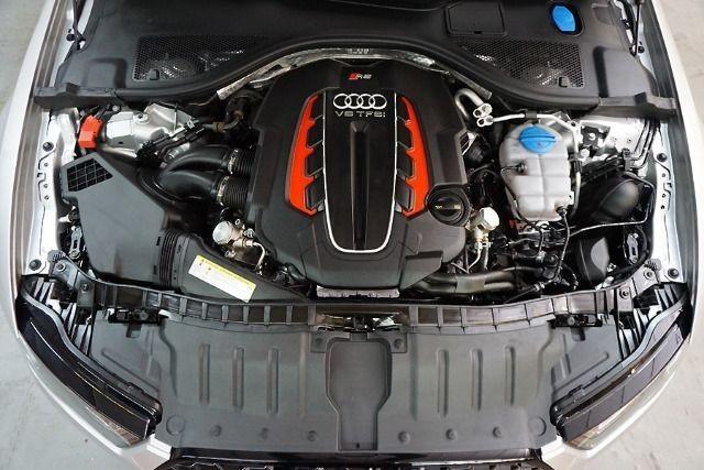 Audi RS 6 Avant +4.0 BiTFSI qu tip., RS-Abgasanlage Kamera
