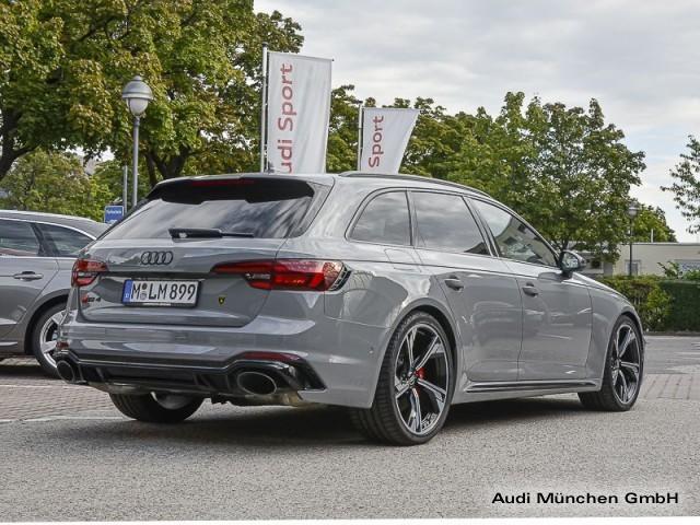 Audi RS 4 Avant Keramik Pano B&O HUD Virtual Sportabgasanl