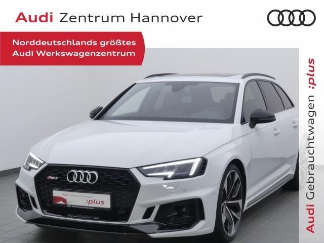 Audi RS 4 Avant HUD+Pano+Matrix+B&O+virtual