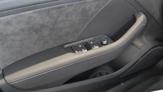 Audi RS 3 Limousine 2.5 TFSI Matrix/ Virtual/ magnetic/ Pa