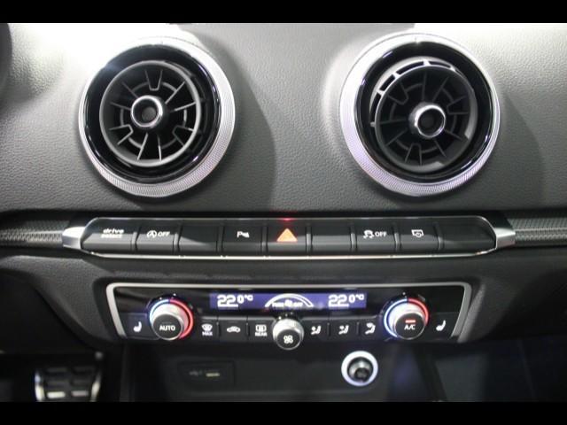 Audi RS 3 Sportback 294(400) kW(PS)* 280 km/h*Pano*