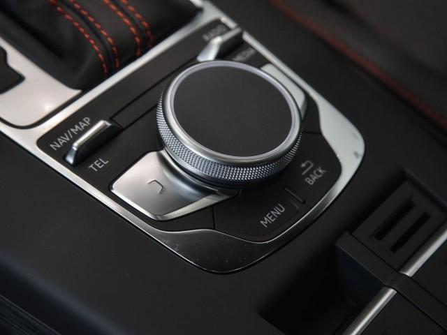 Audi RS 3 Limousine S ronic LEDER/NAVI PLUS/LEDER/KOMFORTP