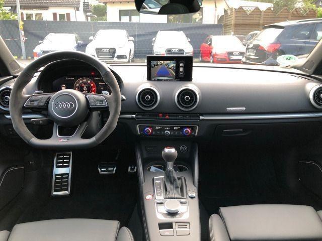 Audi RS 3 Limousine 2.5 TFSI quattro Matrix B&O Navi Pano