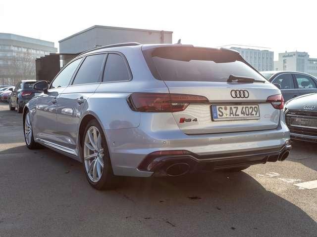 Audi RS 4 Avant Quattro Carbon B&O MMIPlus LED