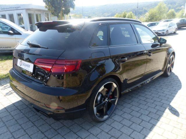 Audi RS 3 Sportback MATRIX+MAGNETIC+B&O+PANO+SPORTABGAS