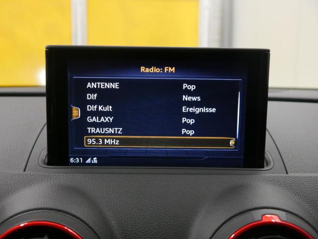 Audi RS 3 Limousine S tronic S-Sitz MatrixLED B&O MMIPl