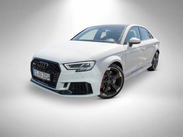 Audi RS 3 Limousine Pano Matrix 280 kmh B+O ACC Navi