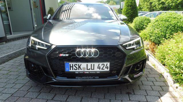 Audi RS 4 Avant 2.9TFSI Quattro PANO/AHK/MATRIX/SPORTABG