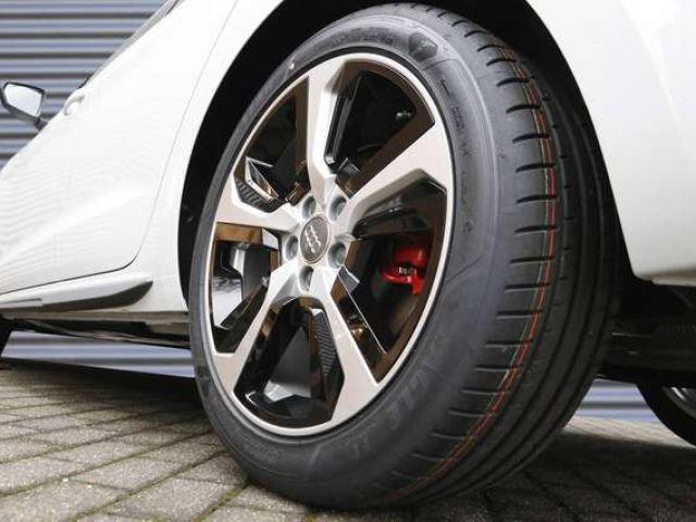 Audi A1 Sportback S line 40 TFSI S tronic Navi